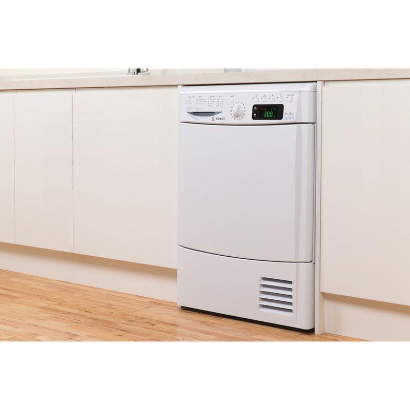 Indesit-Dryer-IDCE-8450-B-H--UK--White-Lifestyle-perspective