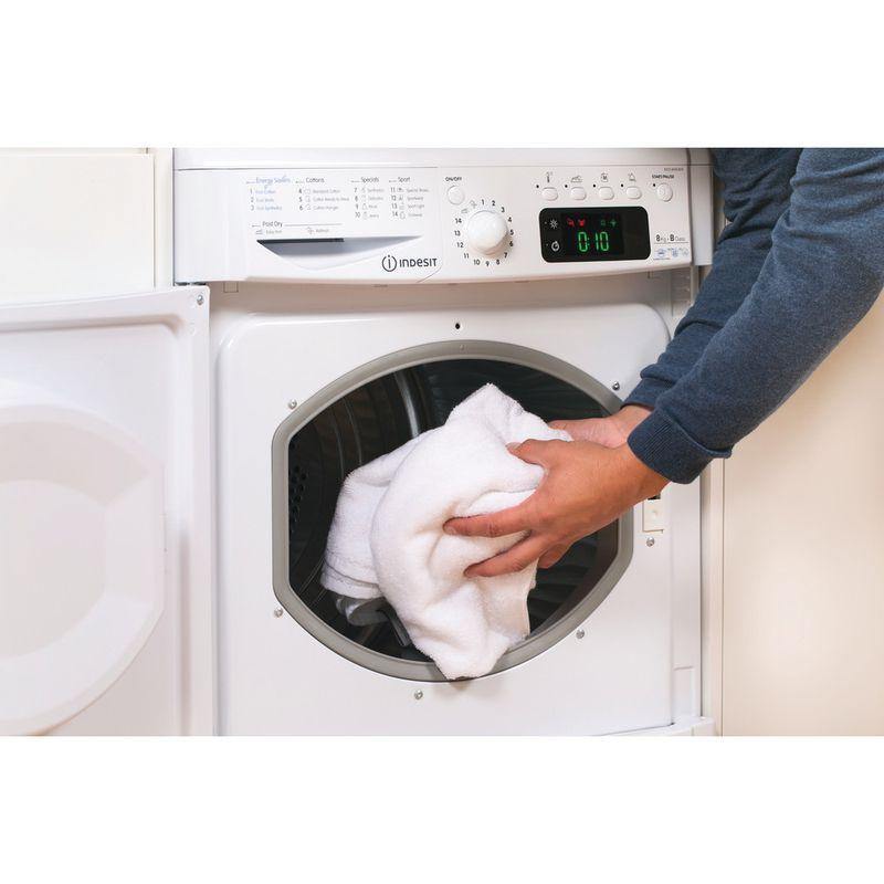 Indesit-Dryer-IDCE-8450-B-H--UK--White-Lifestyle-people