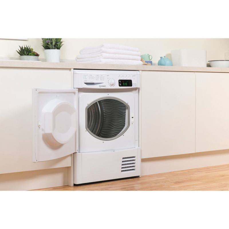 Indesit-Dryer-IDCE-8450-B-H--UK--White-Lifestyle-perspective-open