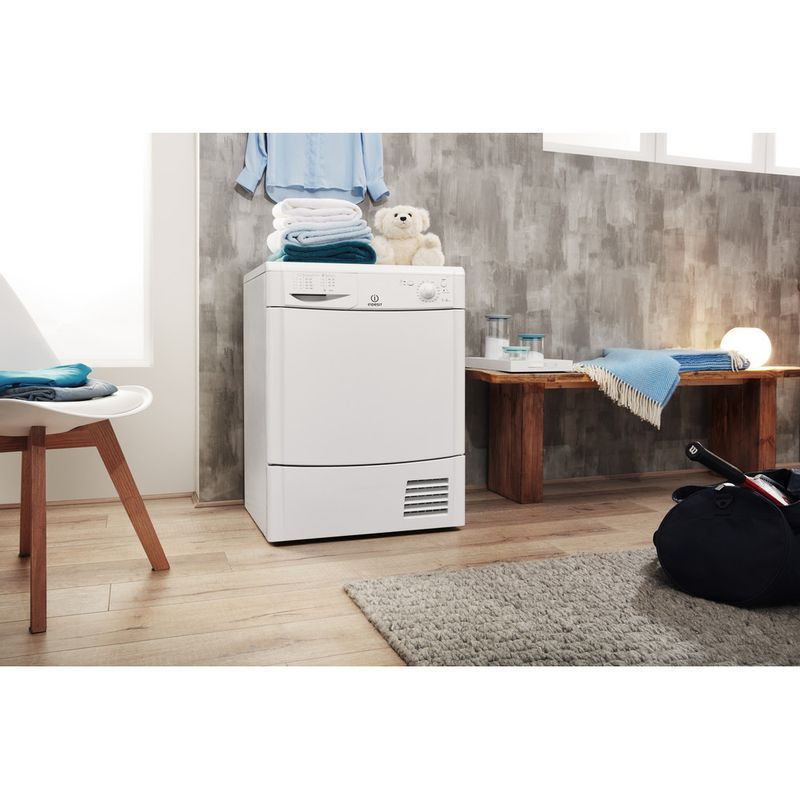 Indesit-Dryer-IDC-75-B--UK--White-Lifestyle-perspective