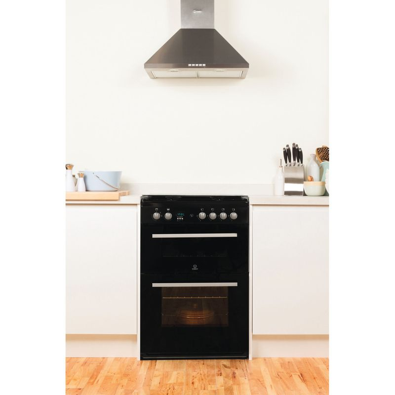 Indesit-Double-Cooker-DD60G2CG-K--UK-Black-A--Enamelled-Sheetmetal-Lifestyle_Frontal