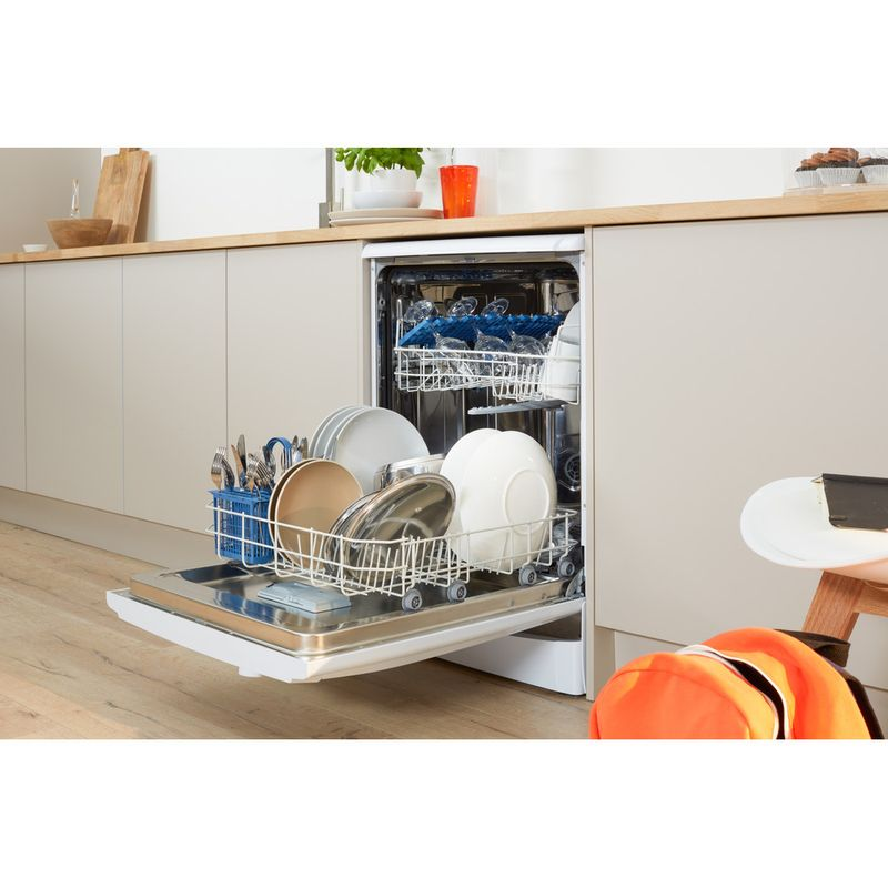 Indesit-Dishwasher-Free-standing-DFGL-17B19-UK-Free-standing-A-Lifestyle-perspective-open