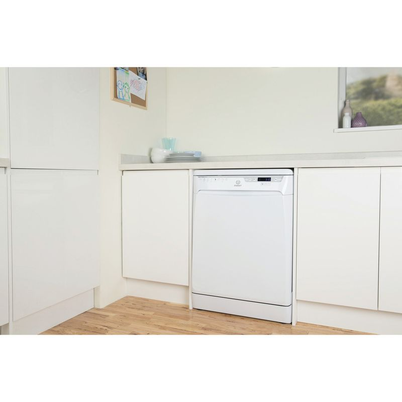Indesit-Dishwasher-Free-standing-DFP-58T96-Z-UK-Free-standing-A-Lifestyle-perspective