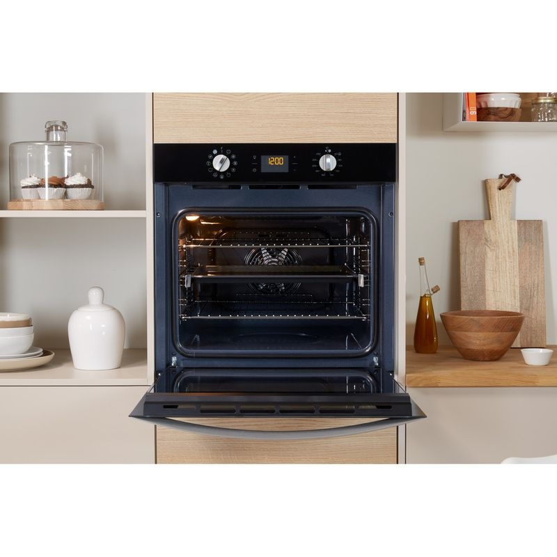 Indesit-OVEN-Built-in-IFW-4841-C-BL-UK-Electric-A--Lifestyle_Frontal_Open