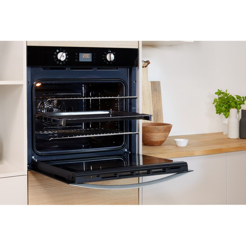 Indesit-OVEN-Built-in-IFW-4841-C-BL-UK-Electric-A--Lifestyle_Perspective_Open