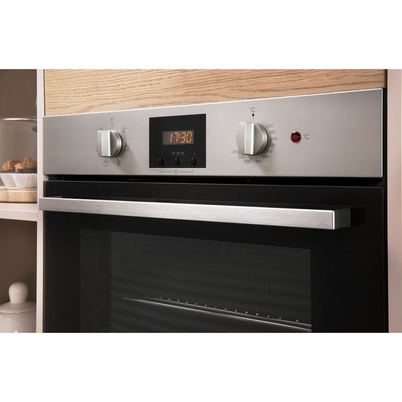Indesit-OVEN-Built-in-IFW-65Y0-IX-UK-Electric-A-Lifestyle_Control_Panel