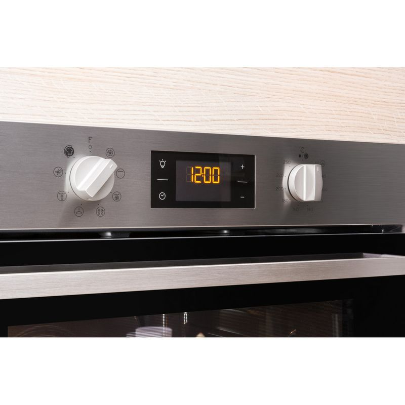 Indesit-OVEN-Built-in-IFW-6340-IX-UK-Electric-A-Lifestyle-control-panel