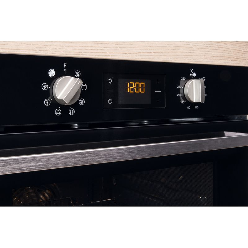 Indesit-OVEN-Built-in-IFW-6340-BL-UK-Electric-A-Lifestyle-control-panel