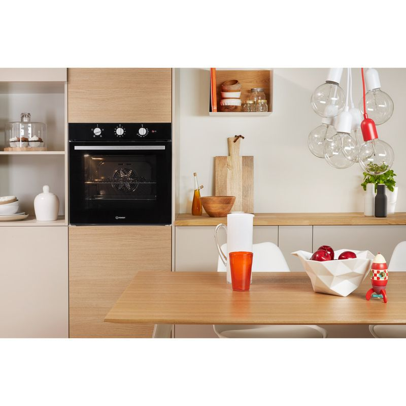 Indesit-OVEN-Built-in-IFW-6330-BL-UK-Electric-A-Lifestyle-frontal