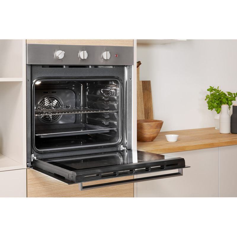 Indesit-OVEN-Built-in-IFW-6230-IX-UK-Electric-A-Lifestyle-perspective-open