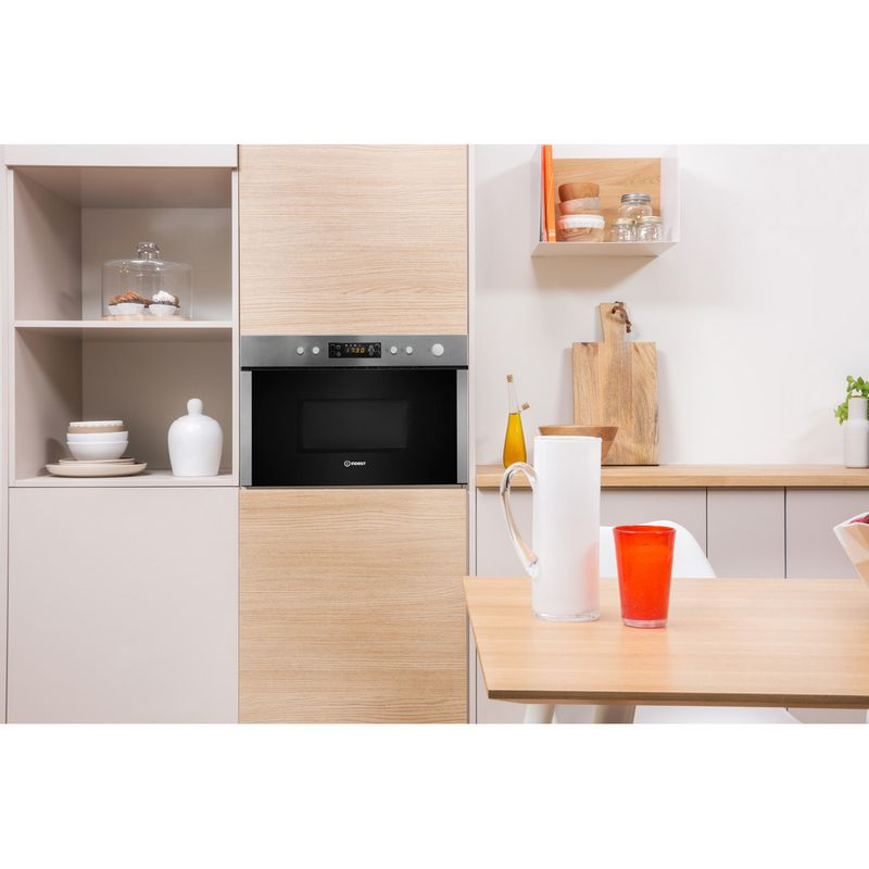 Indesit-Microwave-Built-in-MWI-3213-IX-UK-Stainless-steel-Electronic-22-MW-Grill-function-750-Lifestyle-frontal