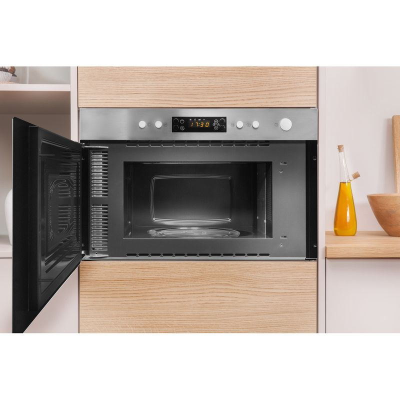 Indesit-Microwave-Built-in-MWI-3213-IX-UK-Stainless-steel-Electronic-22-MW-Grill-function-750-Lifestyle-frontal-open