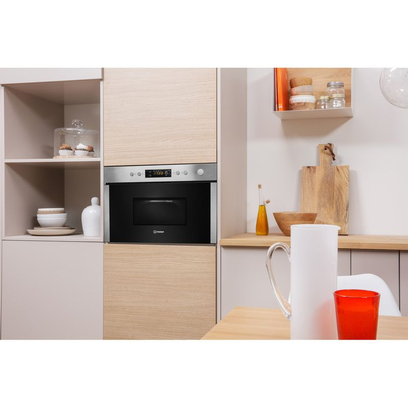 Indesit-Microwave-Built-in-MWI-3213-IX-UK-Stainless-steel-Electronic-22-MW-Grill-function-750-Lifestyle-perspective