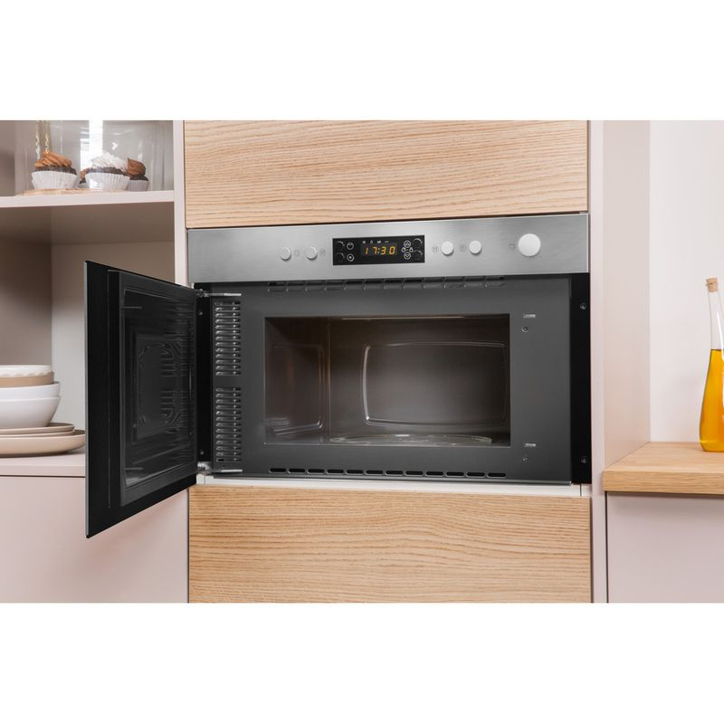 Indesit-Microwave-Built-in-MWI-3213-IX-UK-Stainless-steel-Electronic-22-MW-Grill-function-750-Lifestyle-perspective-open