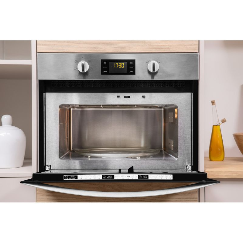 Indesit-Microwave-Built-in-MWI-3443-IX-UK-Stainless-steel-Electronic-40-MW-Grill-function-900-Lifestyle-frontal-open