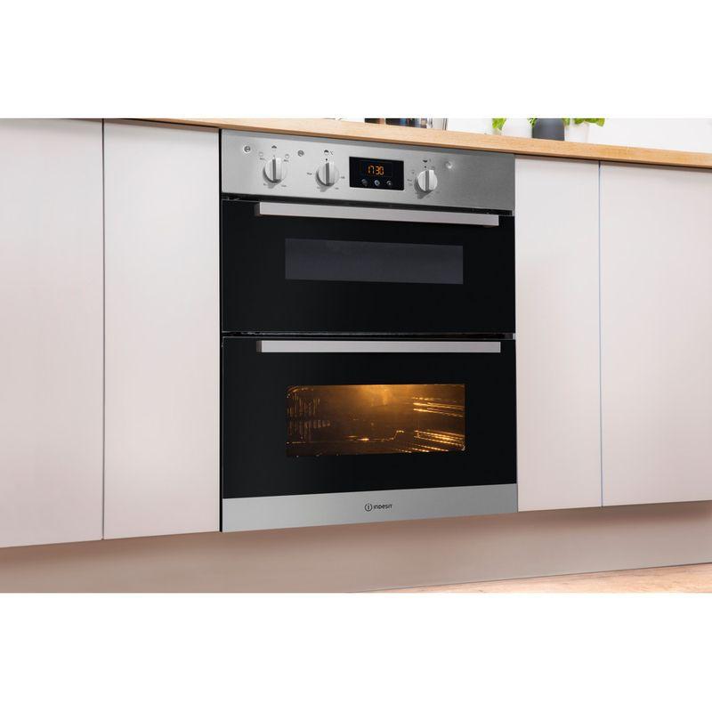 Indesit-Double-oven-IDU-6340-IX-Inox-B-Lifestyle-perspective