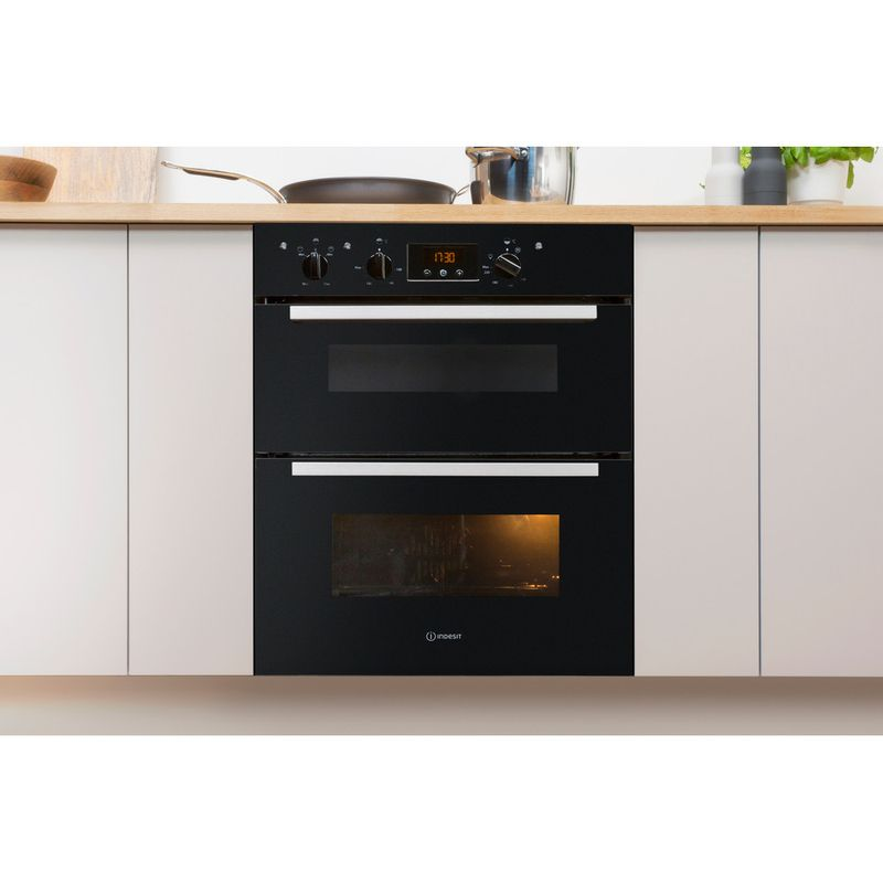 Indesit-Double-oven-IDU-6340-BL-Black-B-Lifestyle-frontal