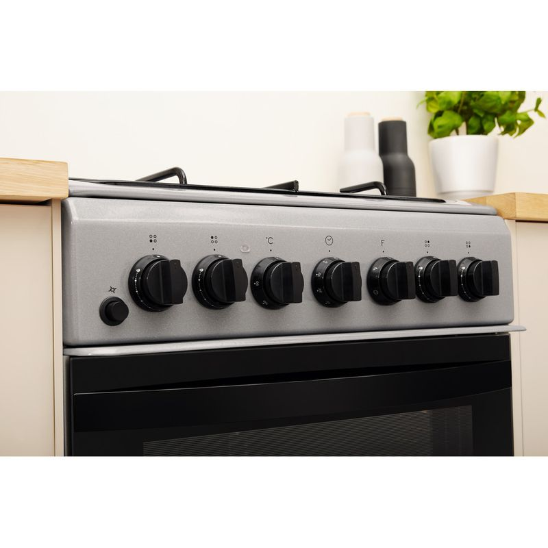 Indesit-Cooker-IS5G4PHSS-UK-Inox-GAS-Lifestyle-control-panel