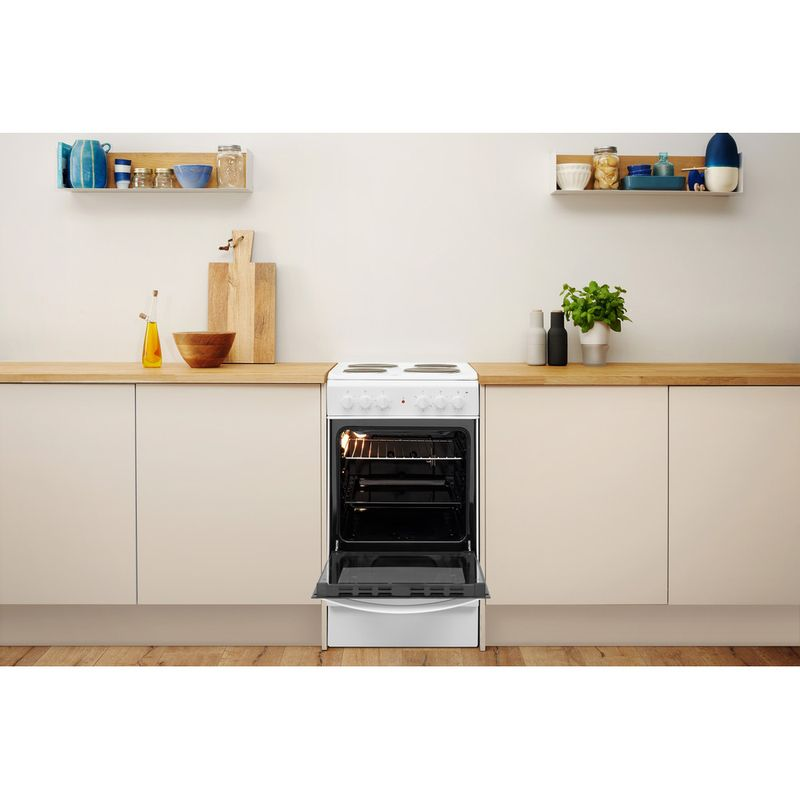Indesit-Cooker-IS5E4KHW-UK-White-Electrical-Lifestyle-frontal-open