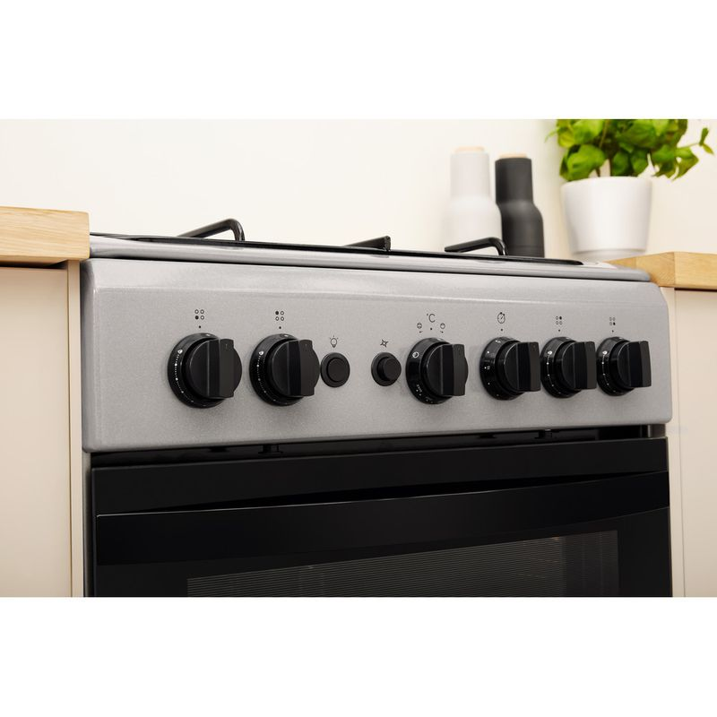 Indesit-Cooker-IS5G1PMSS-UK-Silver-painted-GAS-Lifestyle-control-panel