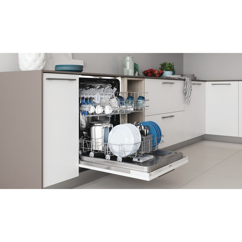 Indesit-Dishwasher-Built-in-DIE-2B19-UK-Full-integrated-F-Lifestyle-perspective-open