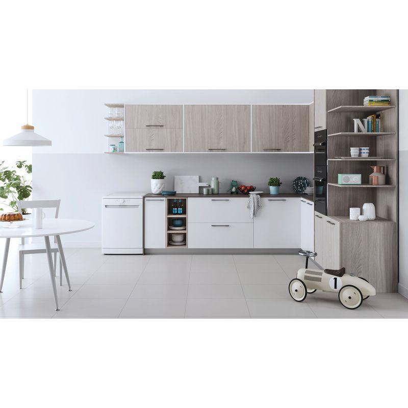 Indesit-Dishwasher-Free-standing-DFE-1B19-UK-Free-standing-F-Lifestyle-frontal