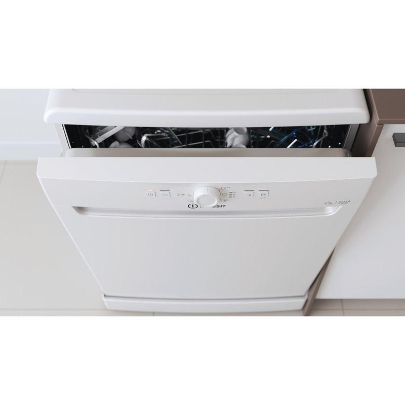 Indesit-Dishwasher-Free-standing-DFE-1B19-UK-Free-standing-F-Lifestyle-control-panel