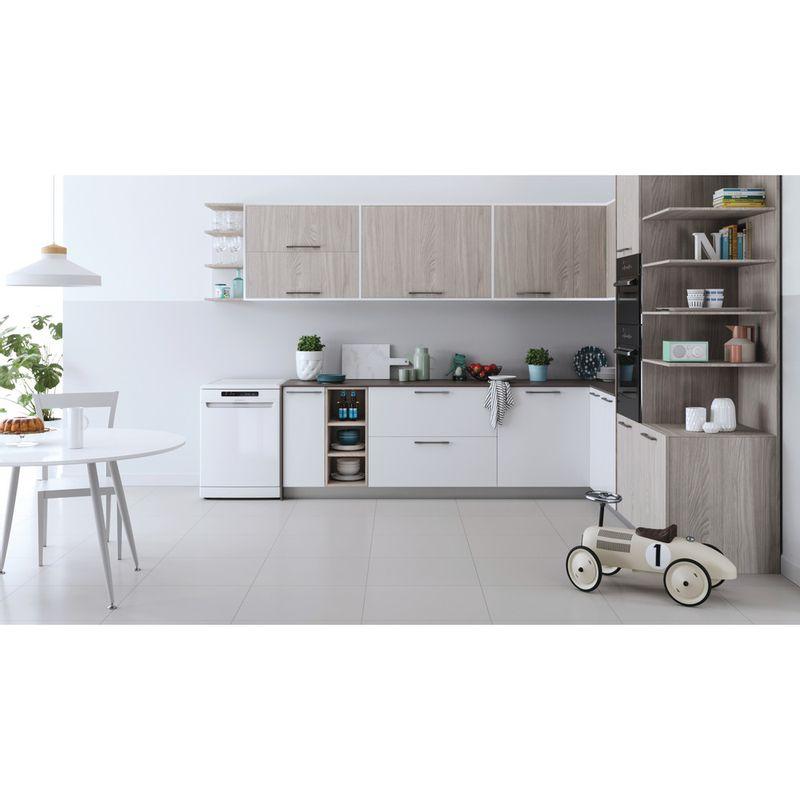 Indesit-Dishwasher-Free-standing-DFC-2B-16-UK-Free-standing-F-Lifestyle-frontal