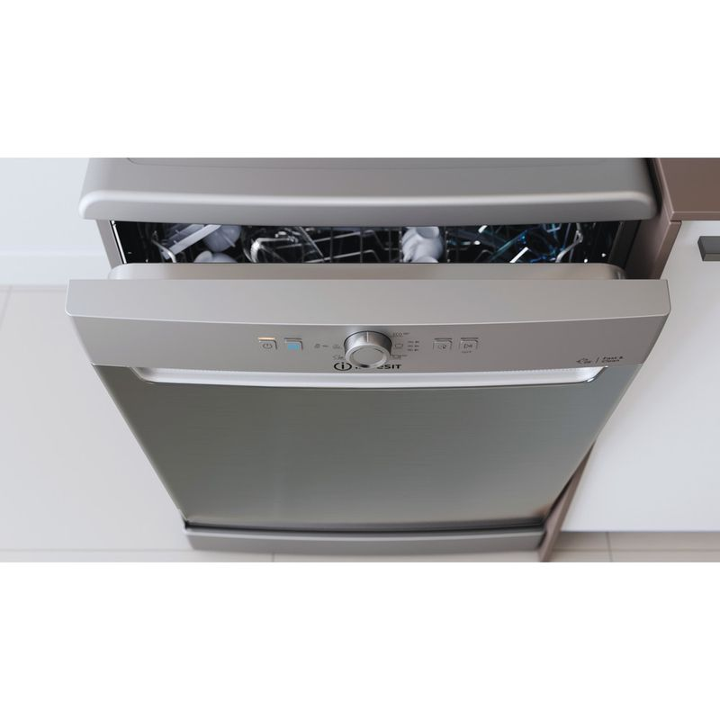 Indesit-Dishwasher-Free-standing-DFE-1B19-X-UK-Free-standing-F-Lifestyle-control-panel