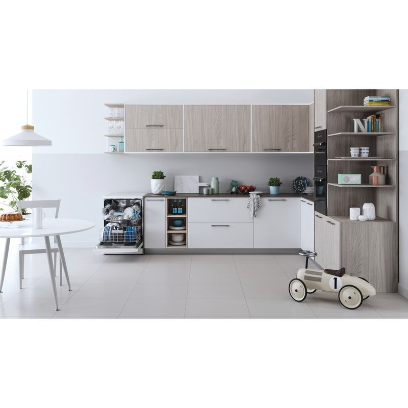Indesit-Dishwasher-Free-standing-DFC-2C24-UK-Free-standing-E-Lifestyle-frontal-open