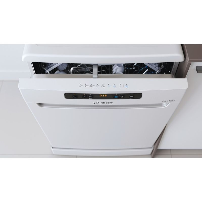 Indesit-Dishwasher-Free-standing-DFO-3T133-F-UK-Free-standing-D-Lifestyle-control-panel