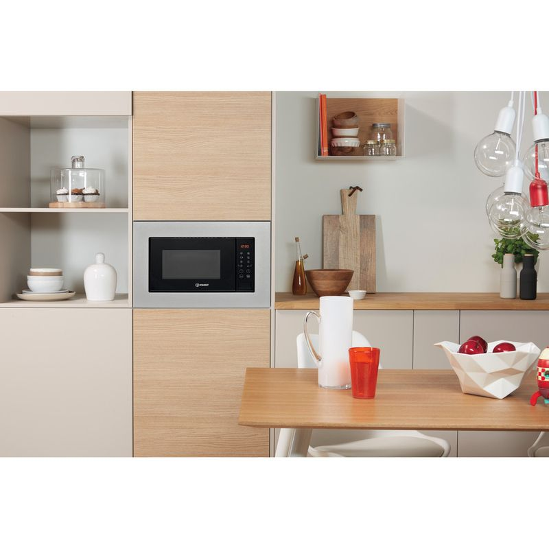 Indesit-Microwave-Built-in-MWI-120-GX-UK-Stainless-steel-Electronic-20-MW-Grill-function-800-Lifestyle-frontal