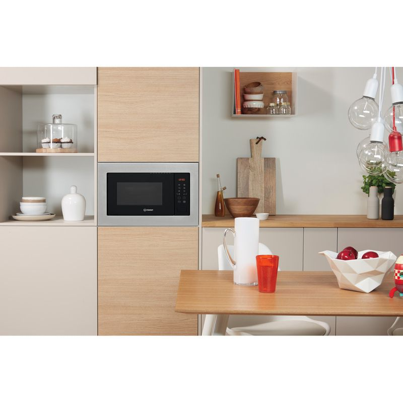 Indesit-Microwave-Built-in-MWI-125-GX-UK-Stainless-steel-Electronic-25-MW-Grill-function-900-Lifestyle-frontal