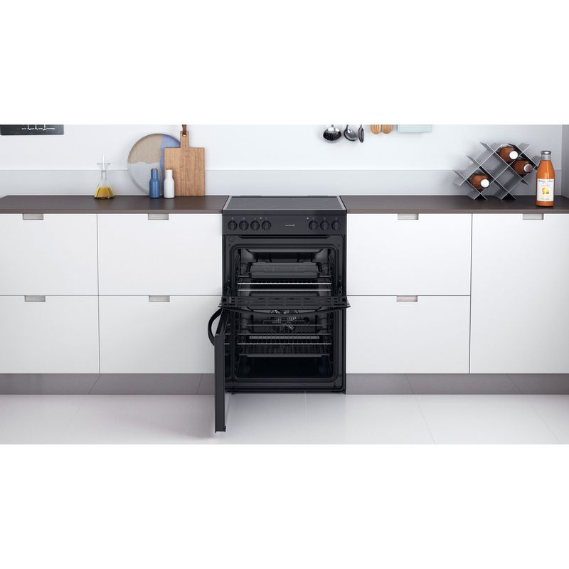 Indesit-Double-Cooker-ID67V9KMB-UK-Black-A-Lifestyle-frontal-open