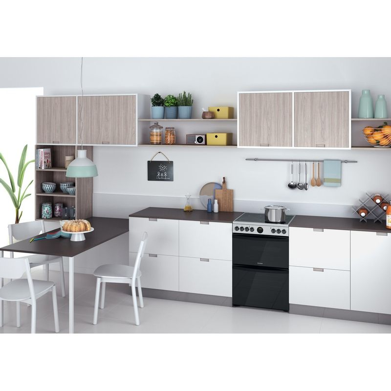 Indesit-Double-Cooker-ID67V9HCX-UK-Inox-A-Lifestyle-perspective
