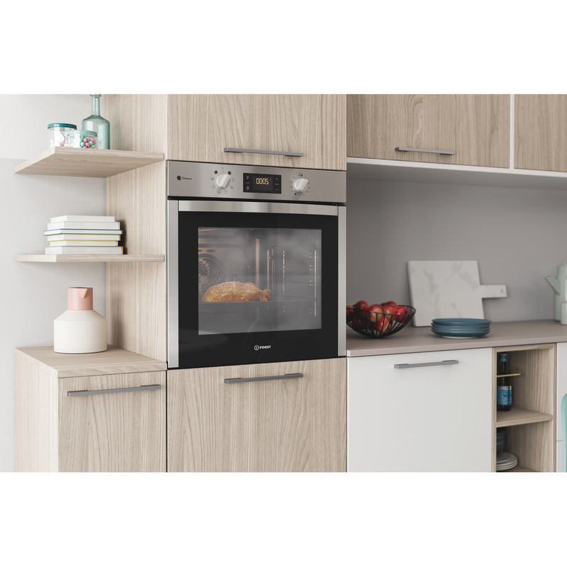 Indesit-OVEN-Built-in-DFWS-5544-C-IX-UK-Electric-A-Lifestyle-perspective