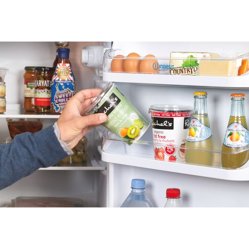 Indesit-Fridge-Freezer-Free-standing-IBD-5517-B-UK-1-Black-2-doors-Lifestyle-people