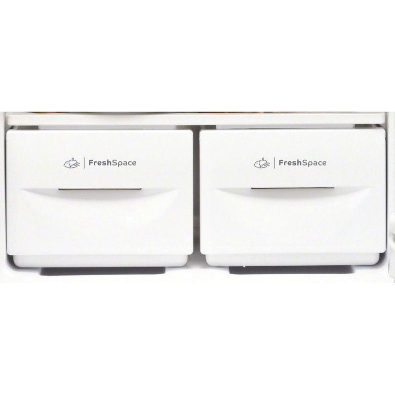 Indesit-Fridge-Freezer-Free-standing-IBD-5517-B-UK-1-Black-2-doors-Drawer
