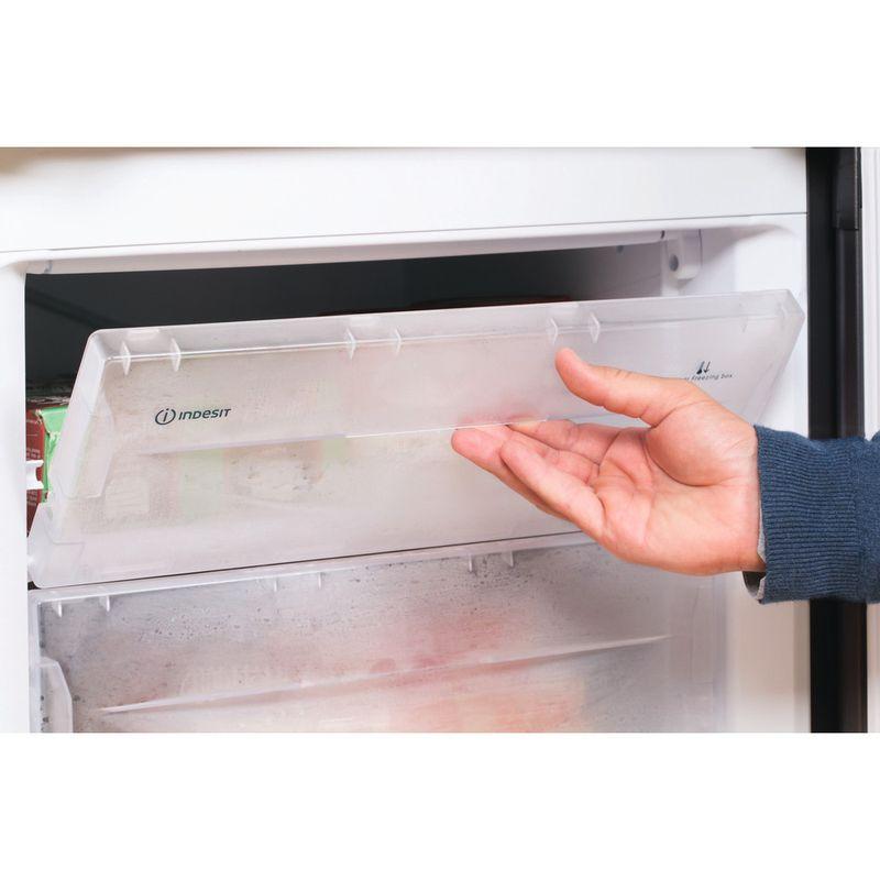 Indesit-Fridge-Freezer-Free-standing-IBD-5515-B-1-Black-2-doors-Lifestyle-people