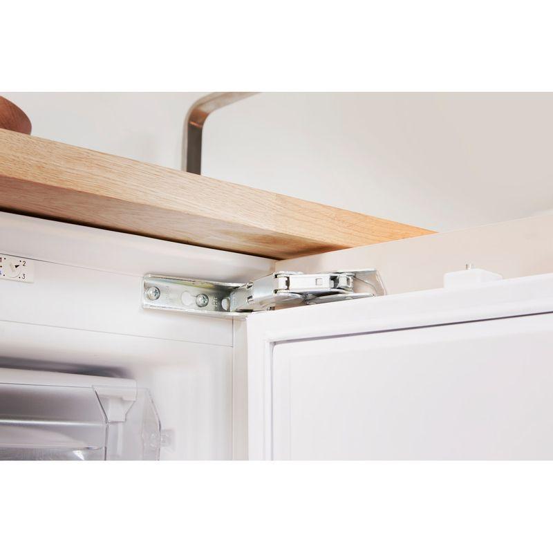 Indesit-Freezer-Built-in-IZ-A1.UK-1-Steel-Lifestyle-detail
