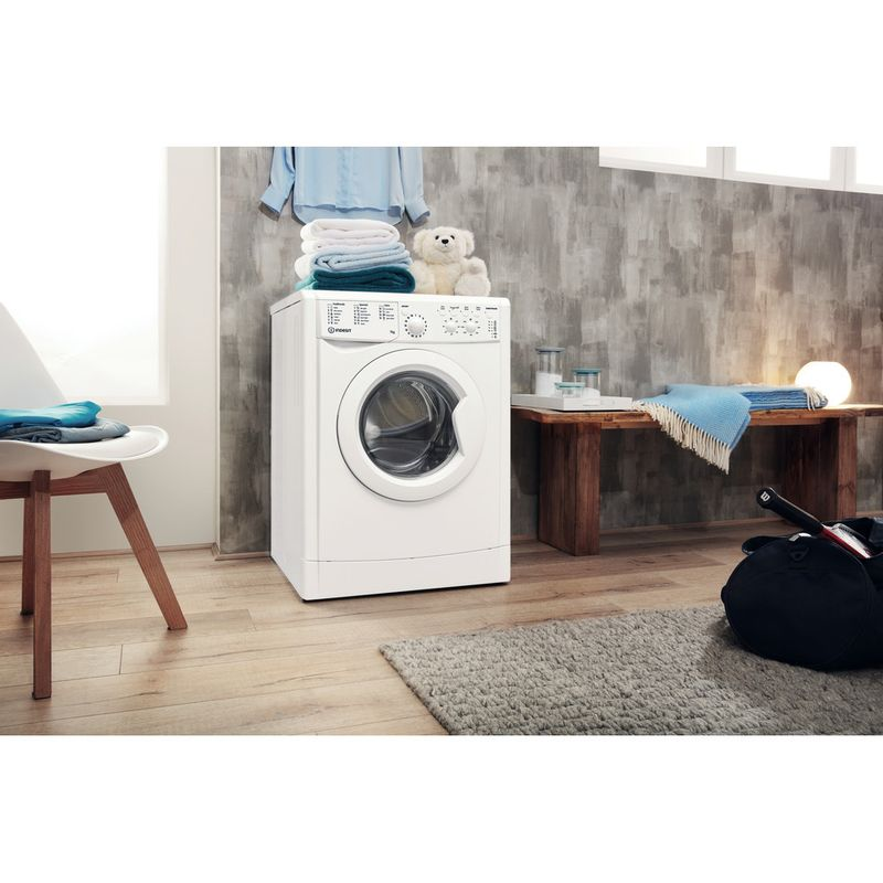 Indesit-Washing-machine-Free-standing-IWC-71452-W-UK-N-White-Front-loader-E-Lifestyle-perspective