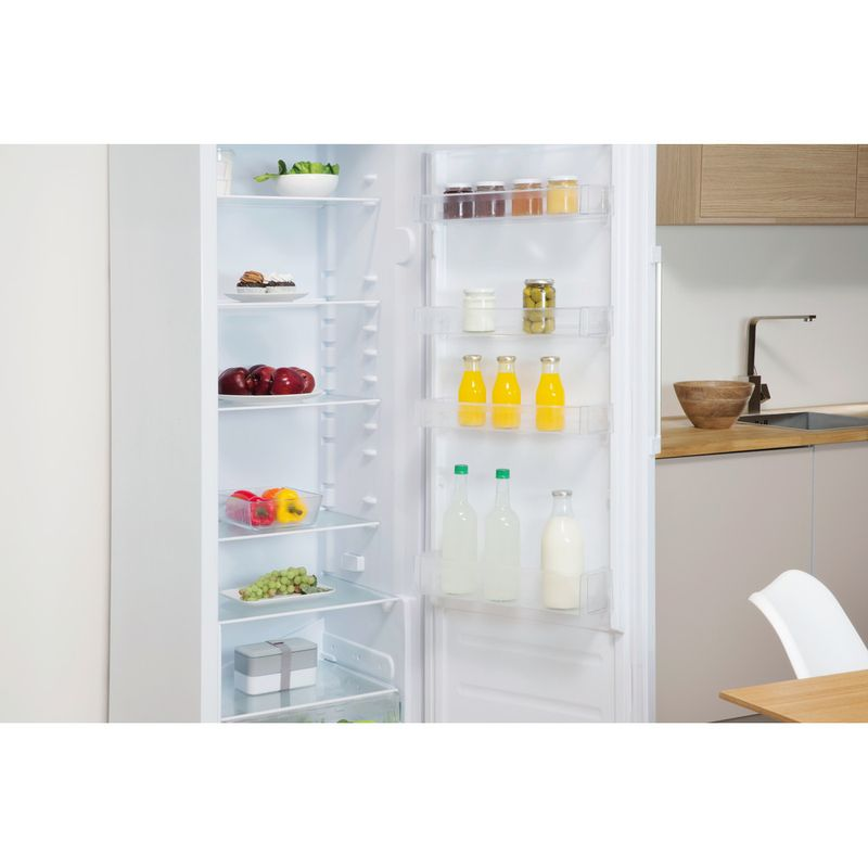 Indesit-Refrigerator-Free-standing-SI6-1-W-1-Global-white-Lifestyle-perspective-open