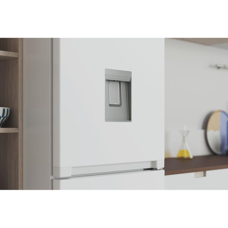 Indesit-Fridge-Freezer-Free-standing-INFC8-50TI1-W-AQUA-1-White-2-doors-Lifestyle-detail