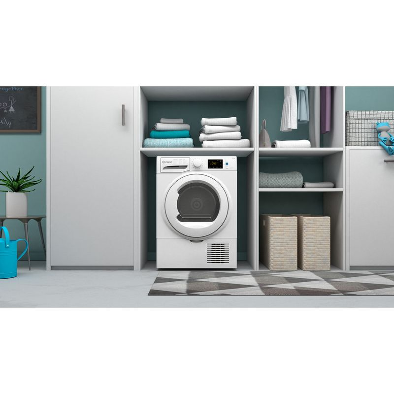 Indesit-Dryer-I3-D81W-UK-White-Lifestyle-frontal