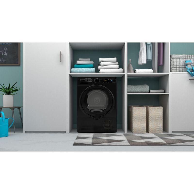 Indesit-Dryer-I3-D81B-UK-Black-Lifestyle-frontal
