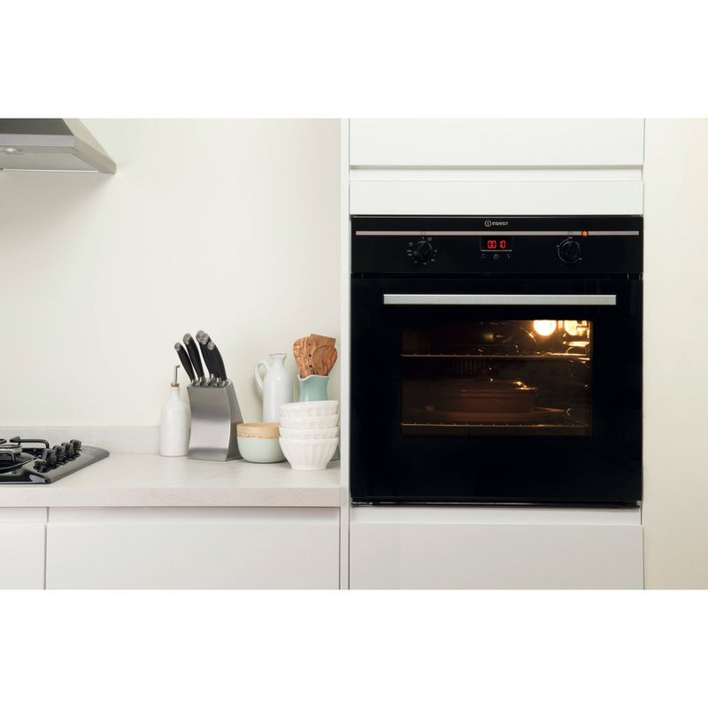 Indesit-OVEN-Built-in-FIM-33-K.A--BK--GB-Electric-A-Lifestyle_Frontal