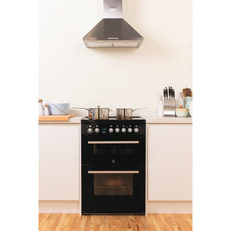 Indesit-Double-Cooker-DD60C2C-K--UK-Black-B-Vitroceramic-Lifestyle_Frontal